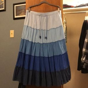 Old Navy Maxi Skirt, size large